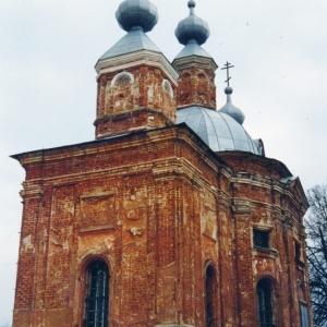 Pervye-shagi-vosstanovlenija-hrama-i-prihoda (4)