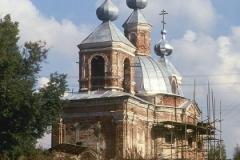 Первые шаги восстановления храма и прихода