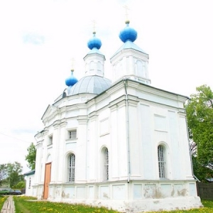 Pervye-shagi-vosstanovlenija-hrama-i-prihoda (11)