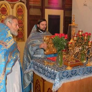 Rozhdestvo-Presvjatoj-Bogorodicy-2012-Prestolnyj-prazdnik-hrama (1)