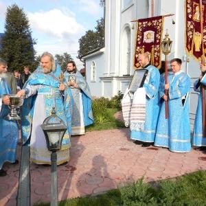 Rozhdestvo-Presvjatoj-Bogorodicy-2012-Prestolnyj-prazdnik-hrama (13)
