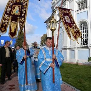 Rozhdestvo-Presvjatoj-Bogorodicy-2012-Prestolnyj-prazdnik-hrama (15)