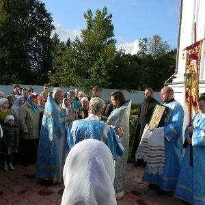Rozhdestvo-Presvjatoj-Bogorodicy-2012-Prestolnyj-prazdnik-hrama (17)