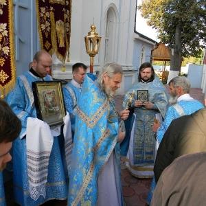 Rozhdestvo-Presvjatoj-Bogorodicy-2012-Prestolnyj-prazdnik-hrama (18)