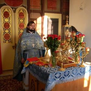 Rozhdestvo-Presvjatoj-Bogorodicy-2012-Prestolnyj-prazdnik-hrama (7)