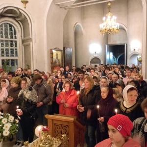 Svetloe-Hristovo-Voskresenie-Pasha-2012 (13)
